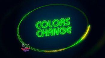 Twister Rave Skip It TV Spot, 'Light It Up' Song by Britt Nicole - Thumbnail 3