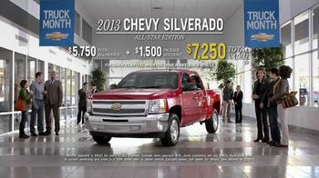 2013 Chevrolet Silverado TV Spot, 'Tree Trunk' - Thumbnail 10