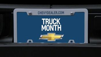 2013 Chevrolet Silverado TV Spot, 'Tree Trunk' - Thumbnail 7