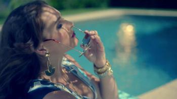 Foster Grant TV Spot Featuring Brooke Shields - Thumbnail 7
