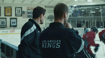 Verizon TV Spot, 'NHL GameCenter' Featuring Matt Greene - Thumbnail 5