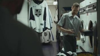 Verizon TV Spot, 'NHL GameCenter' Featuring Matt Greene - Thumbnail 6