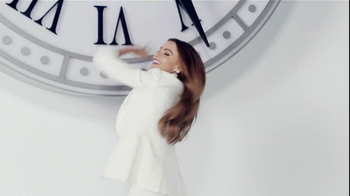 CoverGirl Outlast Stay Fabulous TV Spot, 'Clock' Featuring Sofia Vergara