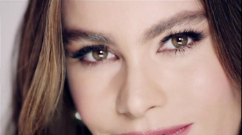 CoverGirl Outlast Stay Fabulous TV Spot, 'Clock' Featuring Sofia Vergara - Thumbnail 6