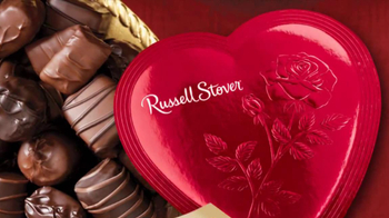 Russell Stover TV Spot 'Valentine's Day for Men'  - Thumbnail 7