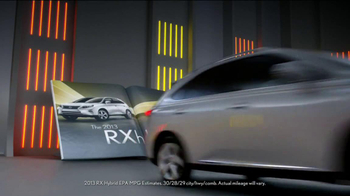 2013 Lexus RX 350 AWD TV Spot, 'Turn the Page' - Thumbnail 6