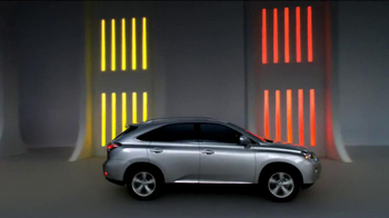 2013 Lexus RX 350 AWD TV Spot, 'Turn the Page' - Thumbnail 7
