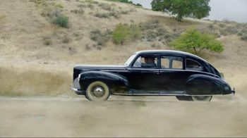 2013 Lincoln MKX TV Spot, 'Road Less Traveled'