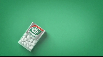 Tic Tac Freshmints TV Spot, 'Bathroom and Vacation Comparison' - Thumbnail 1