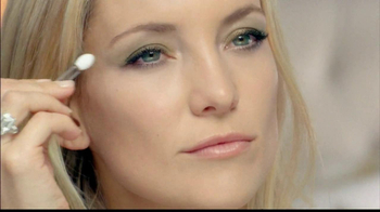 Almay Intense i-Color Bold Nudes TV Spot Featuring Kate Hudson - Thumbnail 2