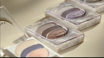 Almay Intense i-Color Bold Nudes TV Spot Featuring Kate Hudson - Thumbnail 3