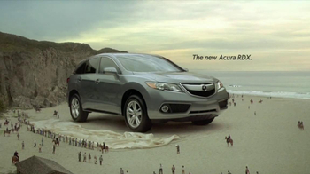 Acura RDX TV Spot, 'Beachside Giant' - Thumbnail 8