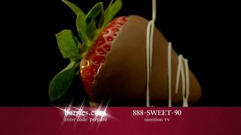 Shari's Berries TV Spot 'Valentine's Day Fruit' - Thumbnail 10