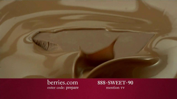 Shari's Berries TV Spot 'Valentine's Day Fruit' - Thumbnail 4