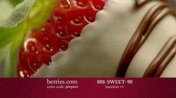 Shari's Berries TV Spot 'Valentine's Day Fruit' - Thumbnail 7