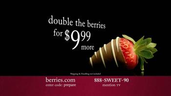Shari's Berries TV Spot 'Valentine's Day Fruit' - Thumbnail 9