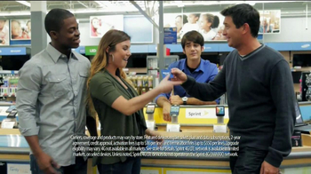 Walmart TV Spot, 'Tax Refund Time with Malcom and Kelly' - Thumbnail 5