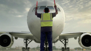 American Airlines and US Airways TV Spot, 'New Chapter' - Thumbnail 9