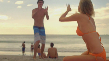 Amazon Kindle TV Spot, 'Beaches' Song by Jens Lekman - Thumbnail 6