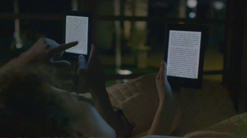 Amazon Kindle TV Spot, 'Beaches' Song by Jens Lekman - Thumbnail 7
