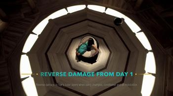 Optimum Amla Legend Hair Care TV Spot, 'Leave Damaged Hair Behind' - Thumbnail 9