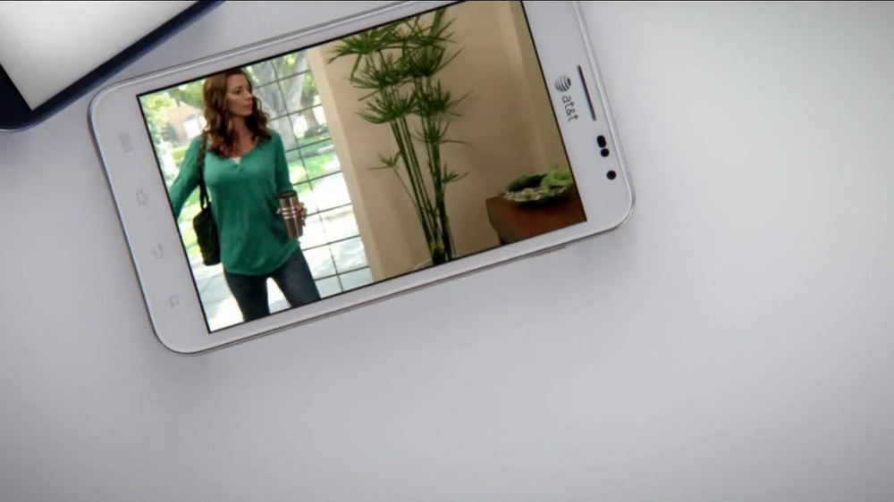 AT&T Mobile Share TV Commercial, 'Share On All Devices'
