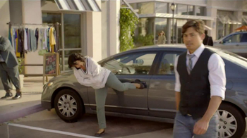 MetroPCS TV Spot, 'Traps' Featuring Carlos Santos - Thumbnail 1