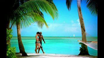 Cayman Islands Department of Tourism TV Spot, 'Warmth' - Thumbnail 2