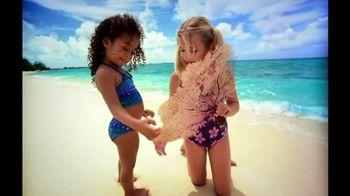 Cayman Islands Department of Tourism TV Spot, 'Warmth' - Thumbnail 4