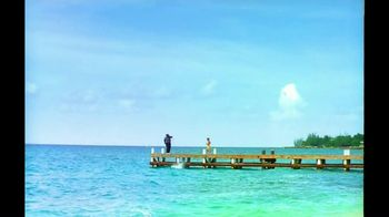Cayman Islands Department of Tourism TV Spot, 'Warmth' - Thumbnail 6