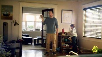 Clorox Triple Action Dust Wipes TV Spot, 'Hair'