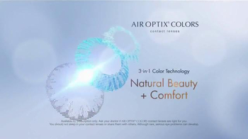 Air Optix Colors TV Spot, 'Style' - Thumbnail 6