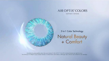 Air Optix Colors TV Spot, 'Style' - Thumbnail 7