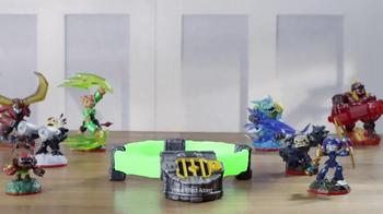 Skylanders Trap Team: Knight Light TV Spot, 'Fight With Powers of Light' - Thumbnail 1