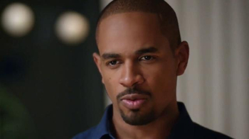 Damon Wayans, Jr. Tosses Pizza Out thumbnail
