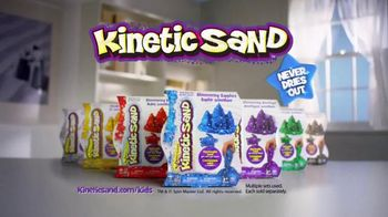 Kinetic Sand TV Spot, 'Magic in Your Hands' - Thumbnail 10