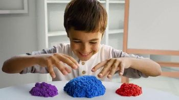 Kinetic Sand TV Spot, 'Magic in Your Hands'