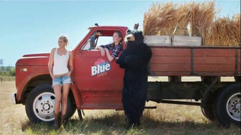 Labatt Blue TV Spot, 'Blue Gold' Song by The Guess Who - Thumbnail 5