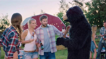 Labatt Blue TV Spot, 'Blue Gold' Song by The Guess Who - Thumbnail 8