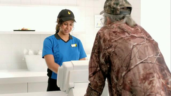Zaxby's Spicy Honey BBQ Boneless Wings Meal TV Spot, 'Hey' Ft. Si Robertson - Thumbnail 4