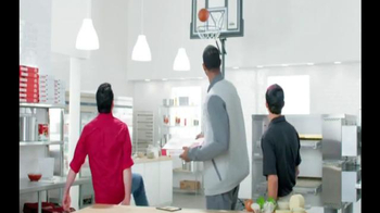 Papa John's Pay$hare TV Spot, 'Play for the Check' Featuring Paul George - Thumbnail 4