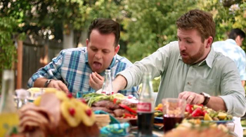 Walmart TV Spot, '¿Cómo Celebras tú la Pascua?' [Spanish] - Thumbnail 4
