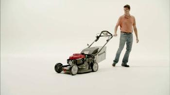 Honda Lawn Mowers TV Spot, 'Walkers' - Thumbnail 9