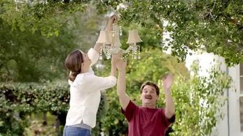 TruGreen TV Spot, 'The Yardley's: Neighbors' - Thumbnail 4