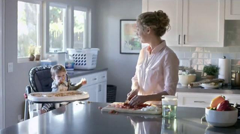Clorox Pump 'N Clean TV Spot, 'Cooking and Cleaning' - Thumbnail 2