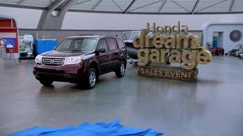 Honda Dream Garage Sales Event: 2015 Pilot 2WD LX TV Spot, 'Dream Deals' - Thumbnail 8