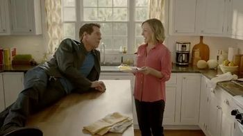 Incredible Egg TV Spot, 'Wake up to Eggs with Bacon' Featuring Kevin Bacon - Thumbnail 3