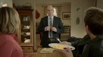 Incredible Egg TV Spot, 'Wake up to Eggs with Bacon' Featuring Kevin Bacon - Thumbnail 5