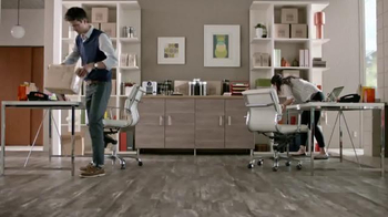 Shaw Flooring TV Spot, 'Awesome Home Business' - Thumbnail 7