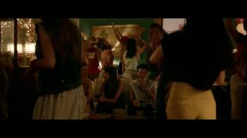 5 Gum Cobalt TV Spot, 'Kiss' - Thumbnail 2